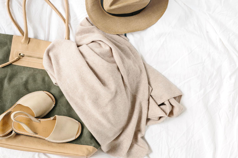 cream beige cashmere sweater for travel