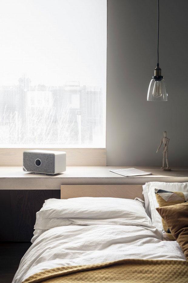 Ruark-MRx_Grey_Lifestyle-Bed.jpg