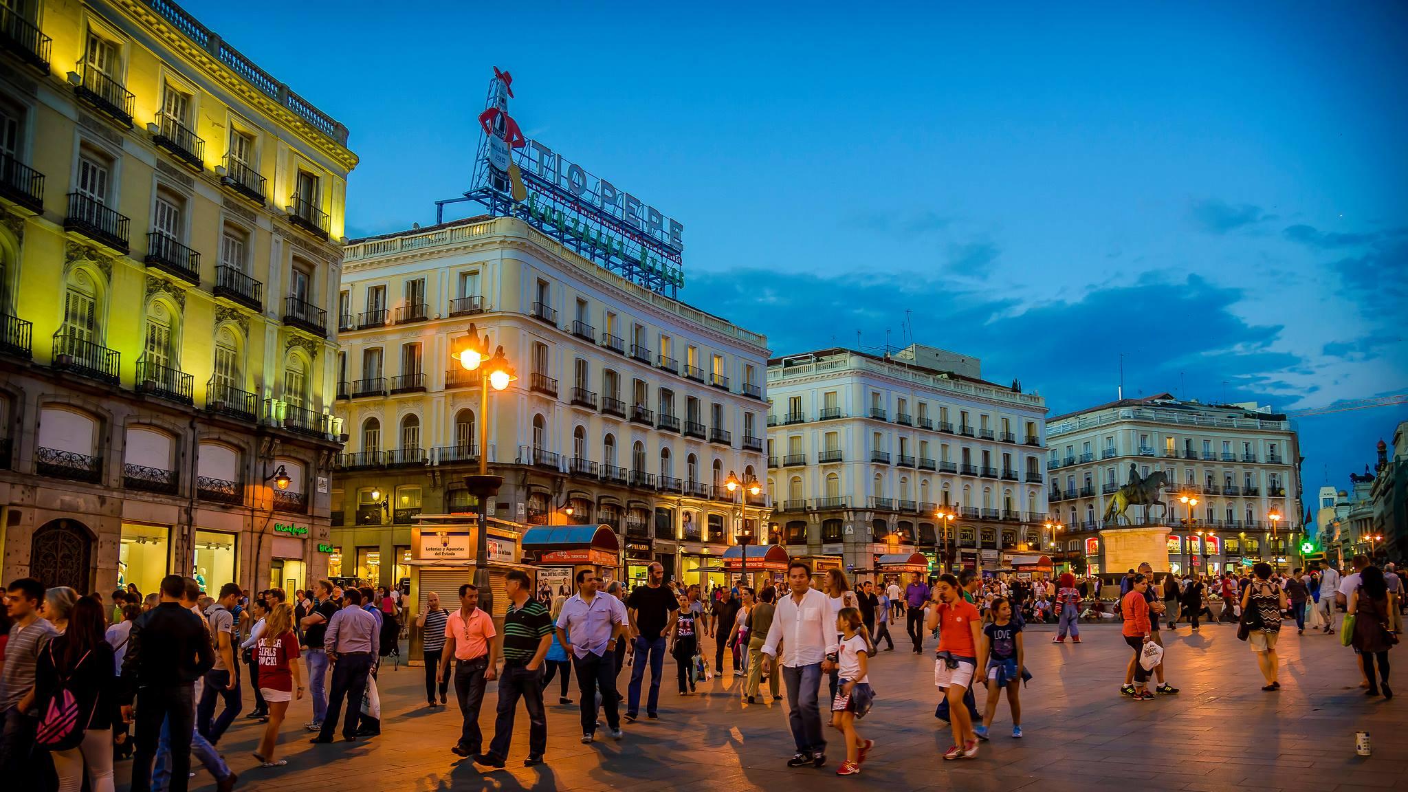 Auxiliares de Conversación Facebook Group: Madrid