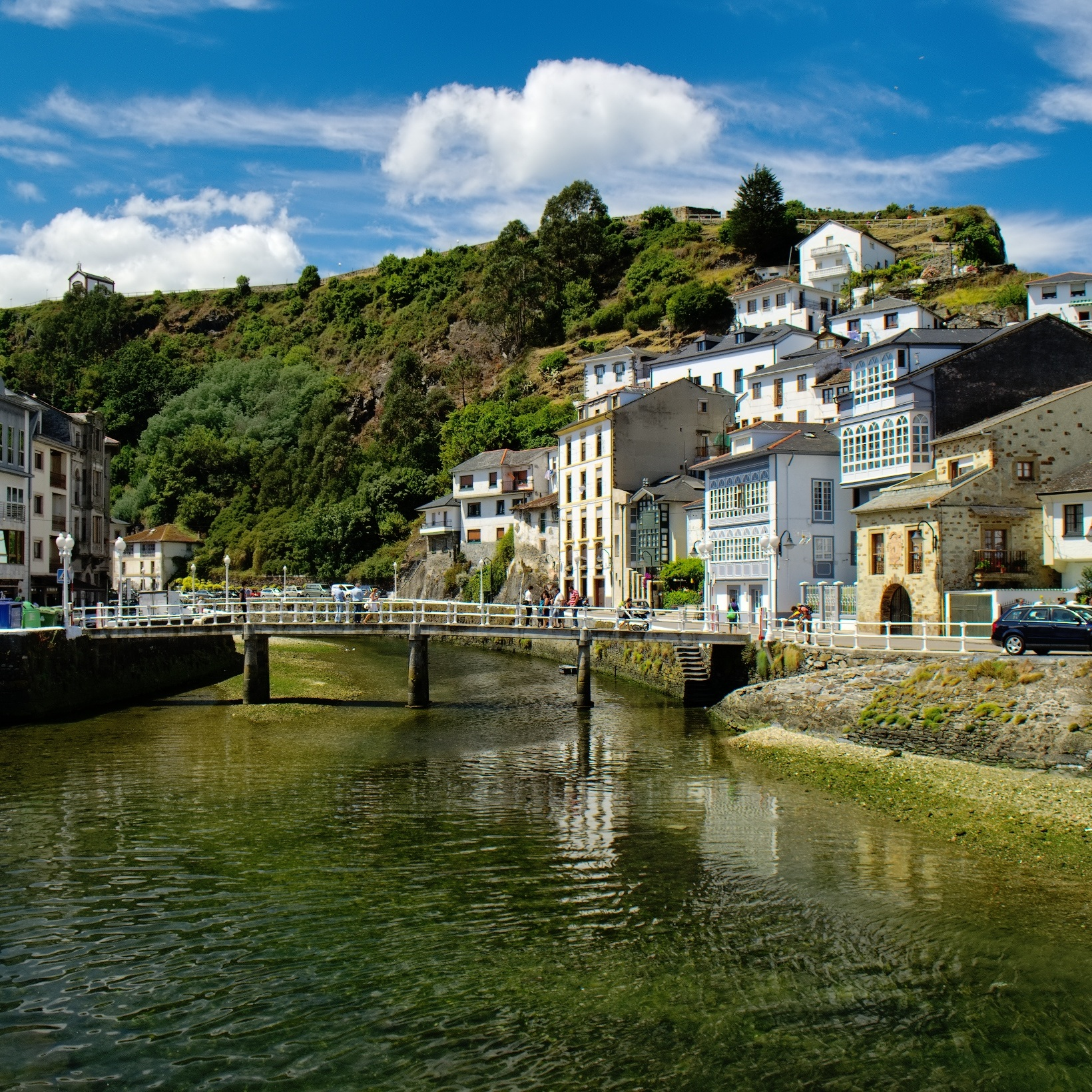 Auxiliares de Conversación Facebook Group: Asturias