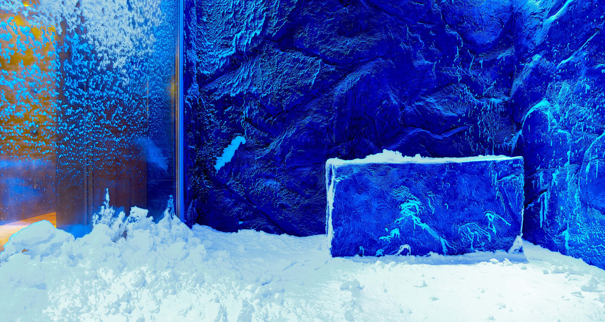 Dream-Maker-Travel-Ship-Viking-Sky-Snow-Grotto.jpg