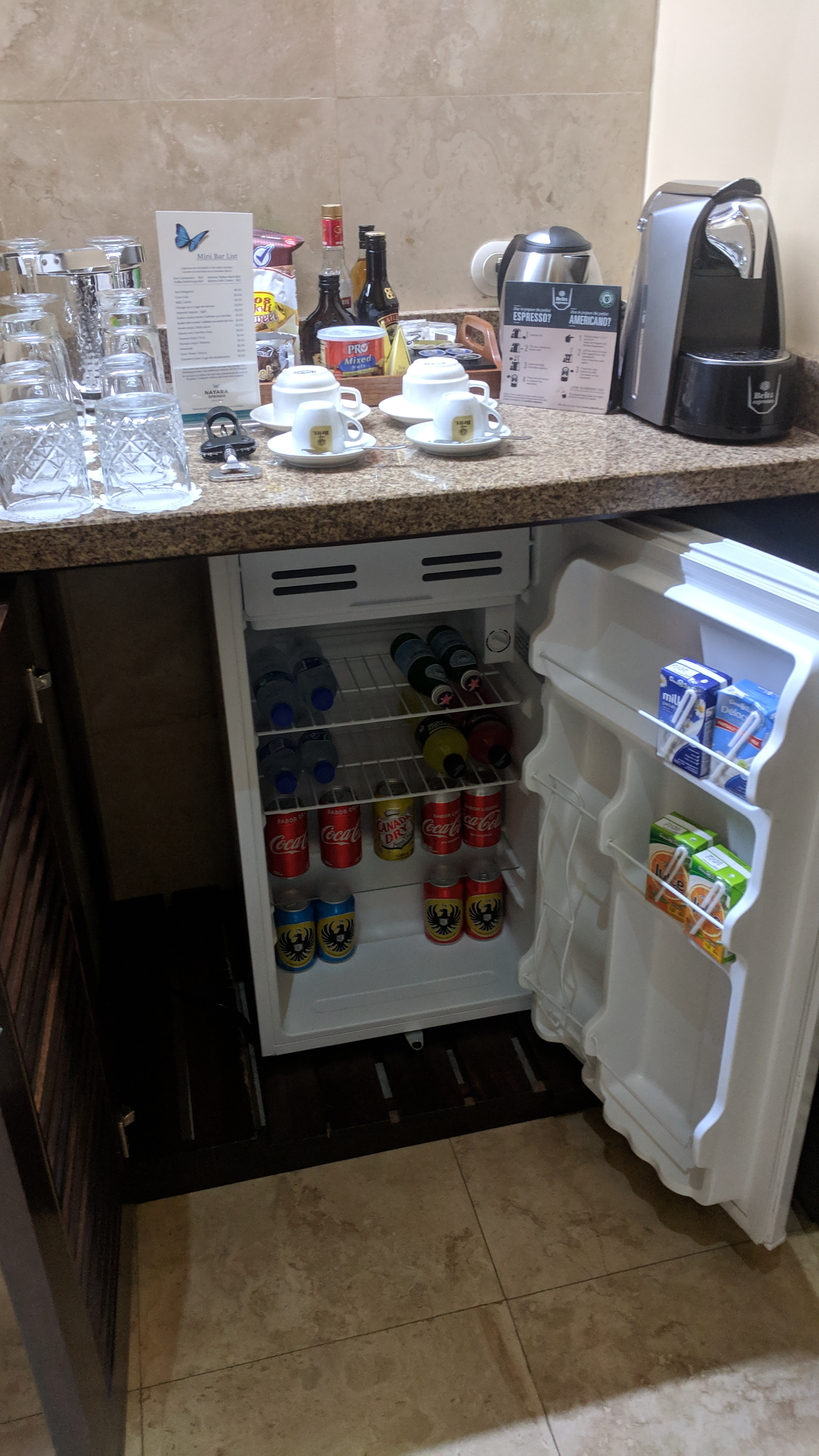The fridge was also full and included in the rate (refilled daily). Plenty of beer, soft drinks, water, and juices.