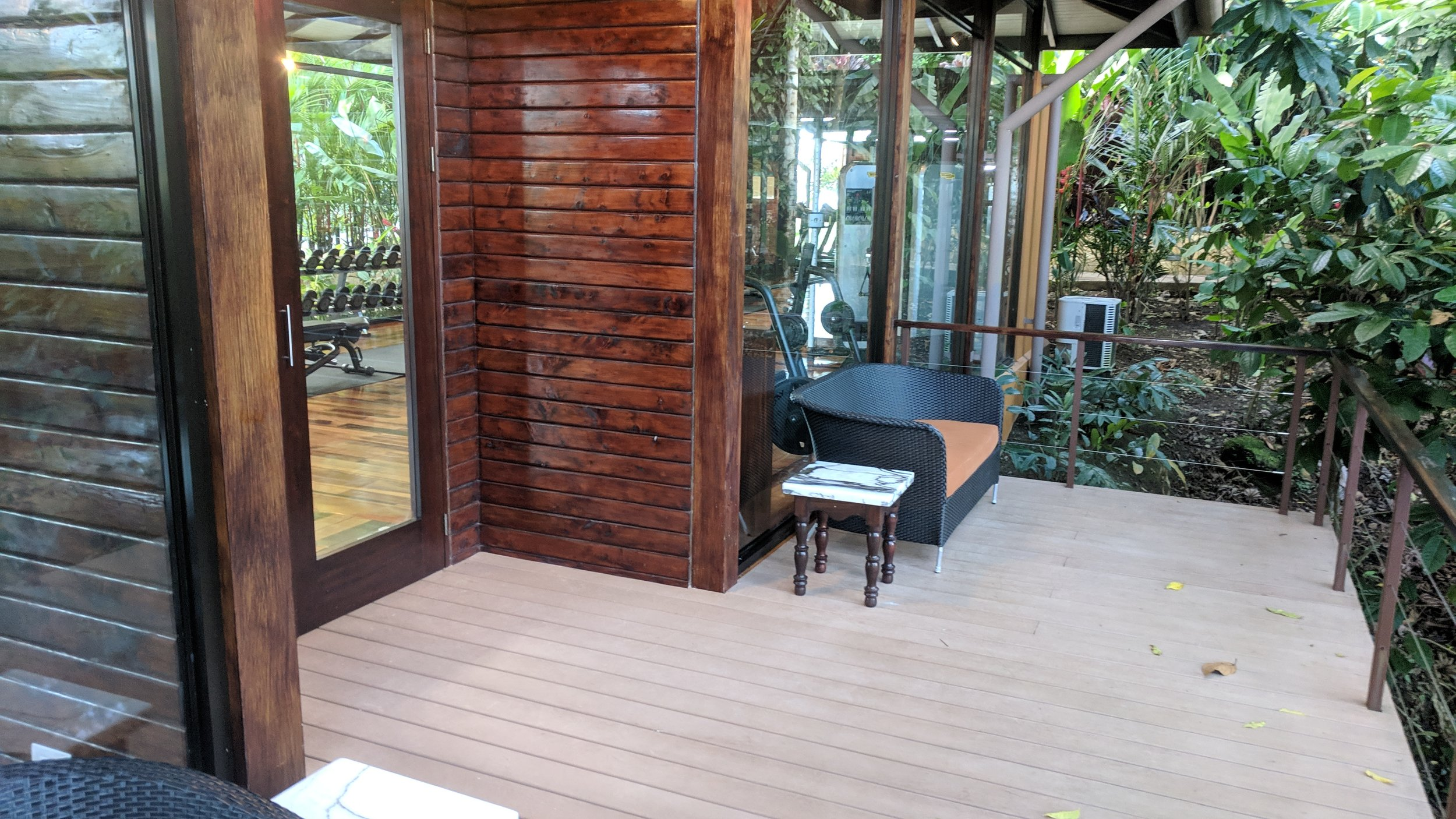And a nice outside balcony area if you wanted to step outside to take a break in between sets.