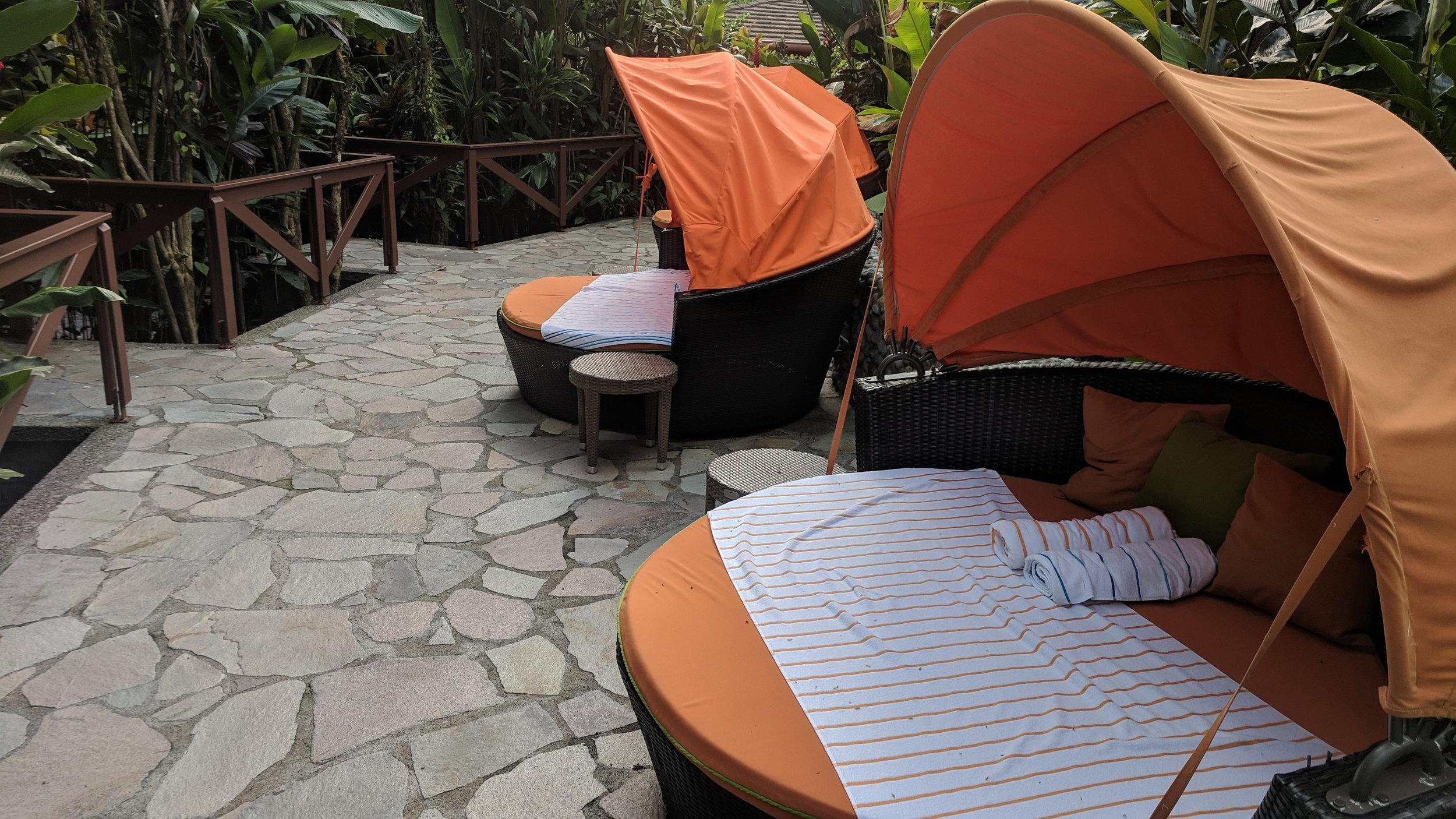 Plenty of nice spots to relax near the hot tubs.