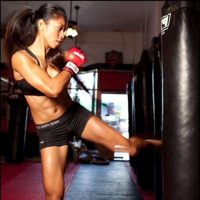 womens+muay+thai+2.jpg