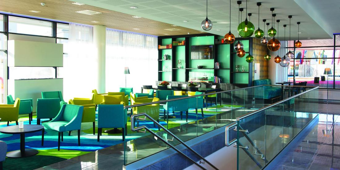 thon-hotel-fosnavag-lobby.jpg