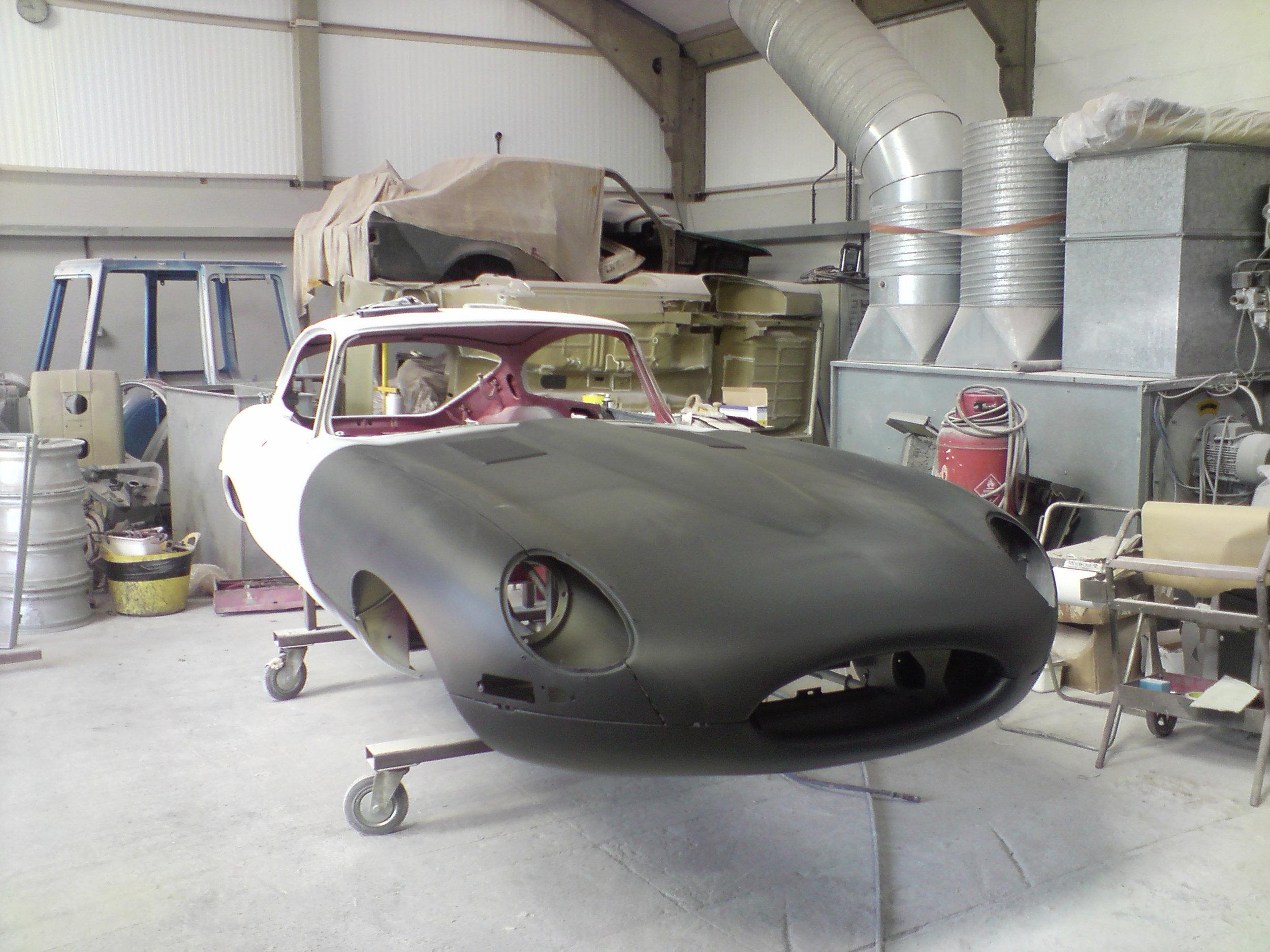 Jaguar E-type Shell.jpg