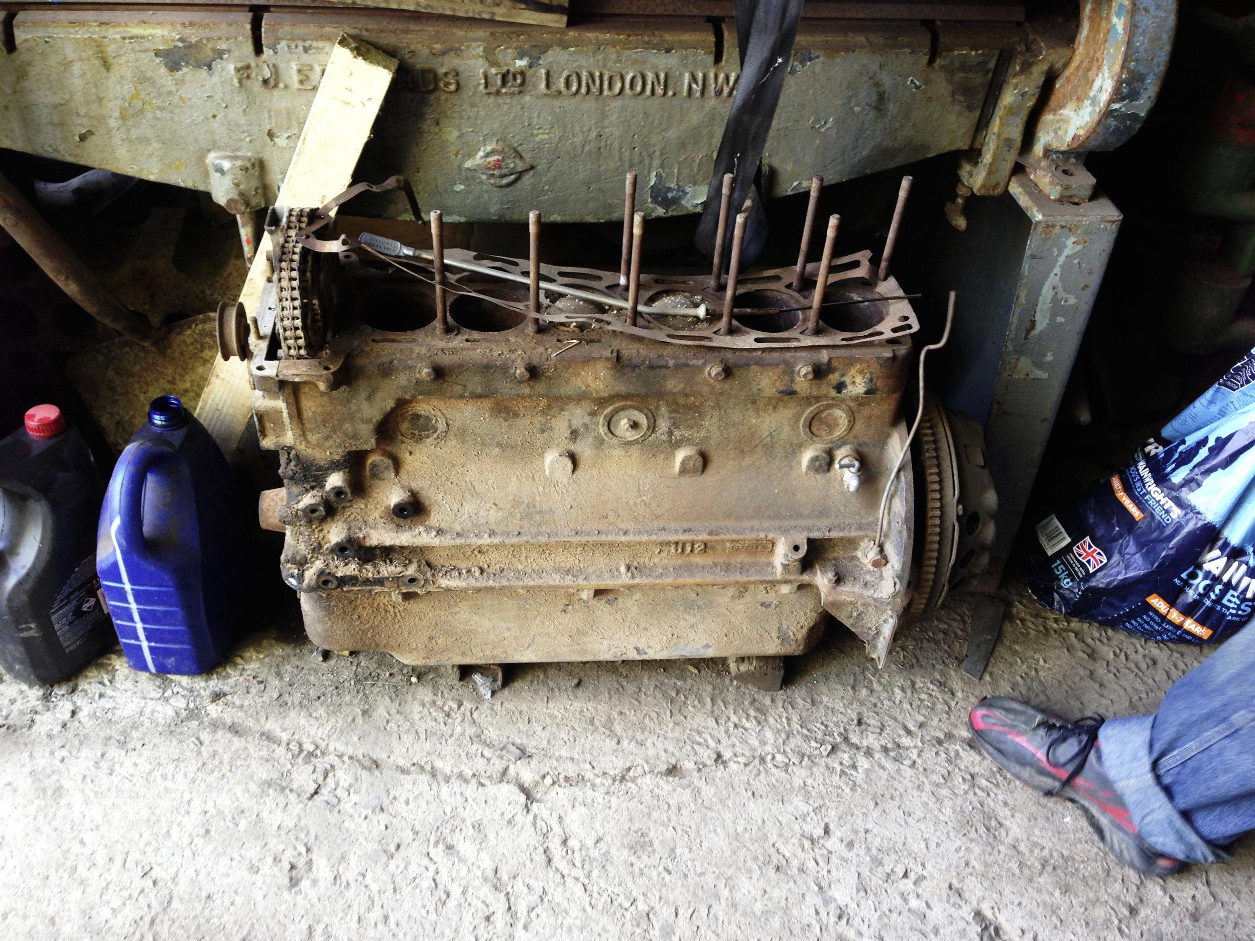 Rusty E-type Engine.jpg