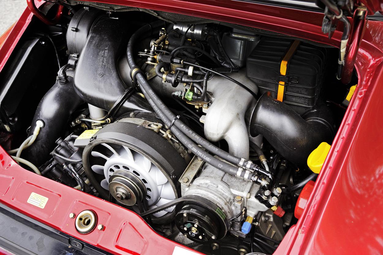 Porsche-Targa-Engine-Bay.jpg