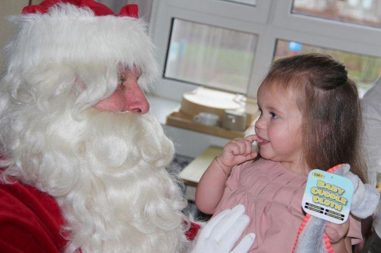 Vlaamse-Kinderliga-Kerstman-AZ-West-te-Veurne-20181224-8.jpg