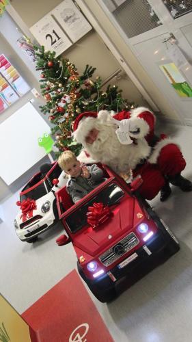 Vlaamse-Kinderliga-Kerstman-Jan-Ypermanziekenhuis-te-Ieper-56.jpg