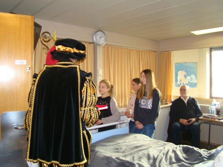 sinterklaas_bezoekt_sint-jan-ziekenhuis_104.jpg