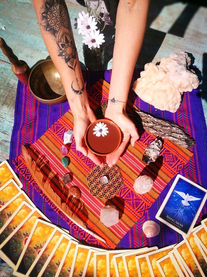 PATCHWORK EXPERIENCESAurore sunrise - Cacao ceremony & Danse extatique29695171_1489349421192980_8297682973908812023_n.jpg