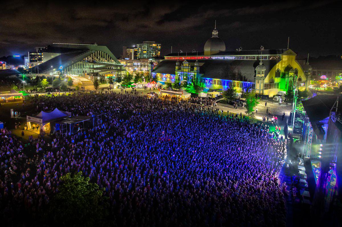 Photo:  Scott Penner ,  RBC Bluesfest Press Images