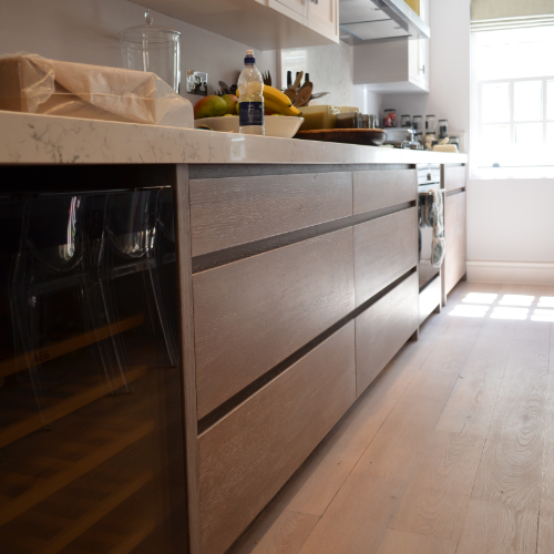 FULL INTERIORS - Utilise the full potential of your home or work space with a fully custom interior. From kitchens to wardrobes and desks to counters, we can help you achieve perfection.