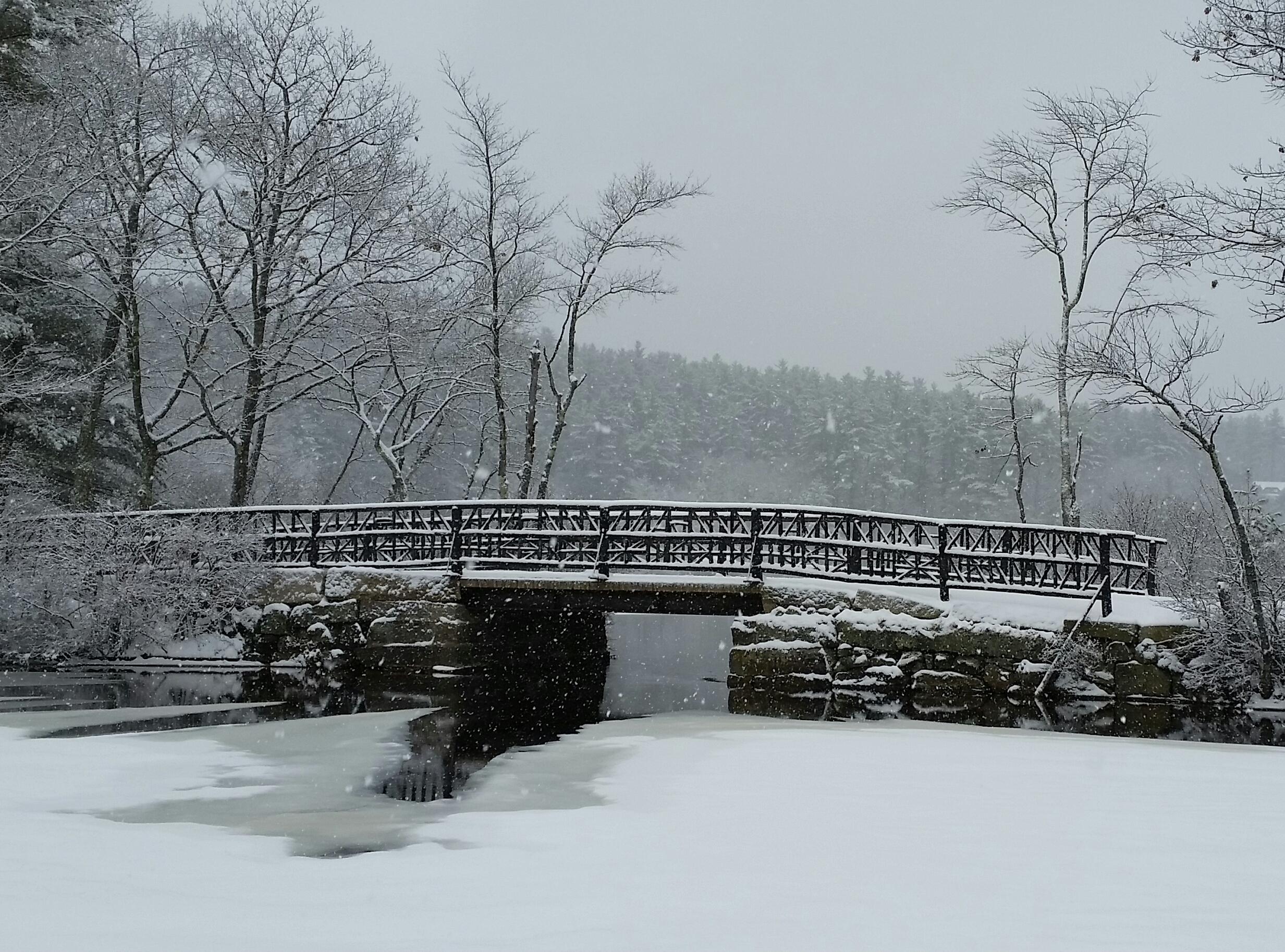 Snowfall on the Narrows