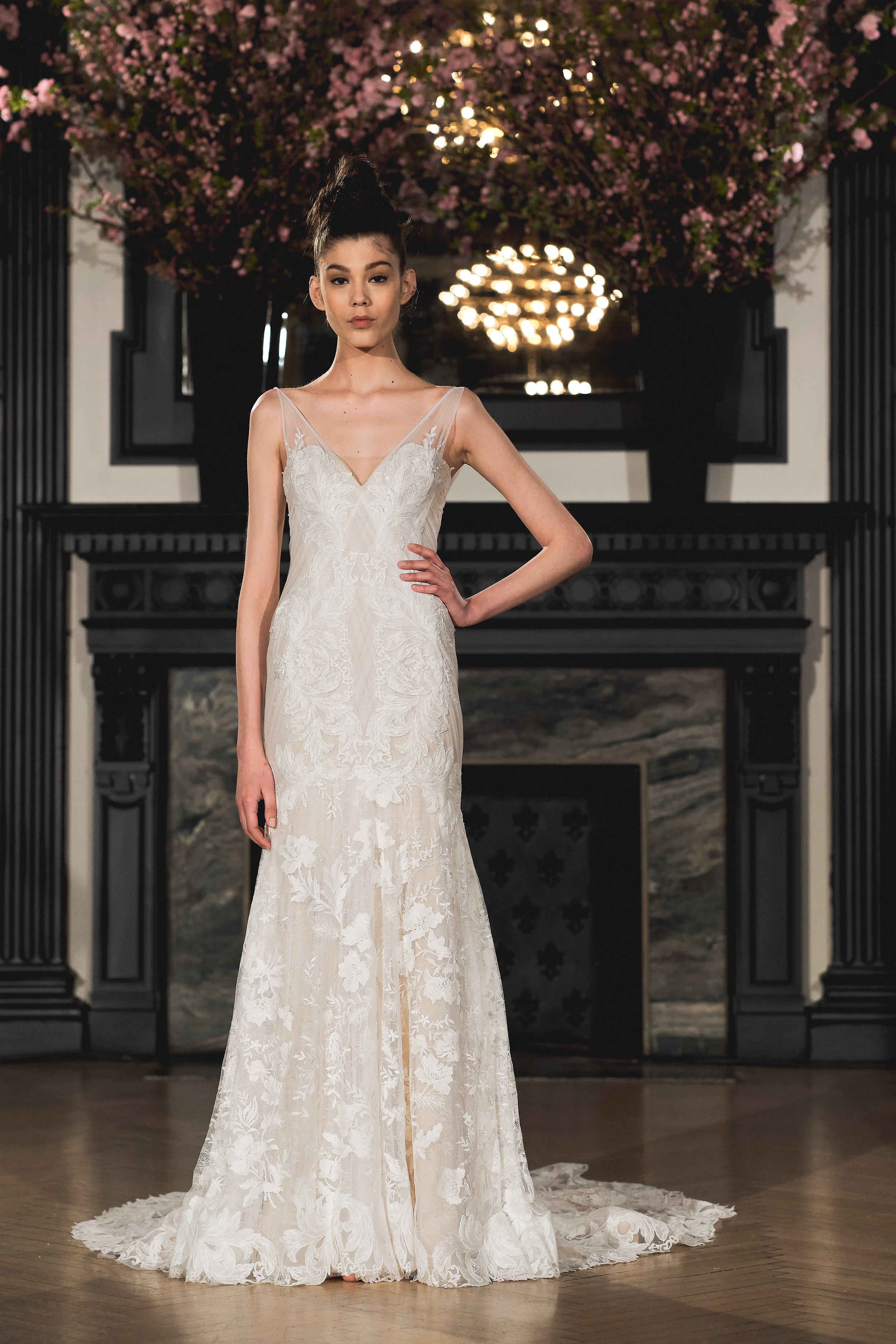 Bridal Spring 2019 Couture   ANNA    INQUIRE