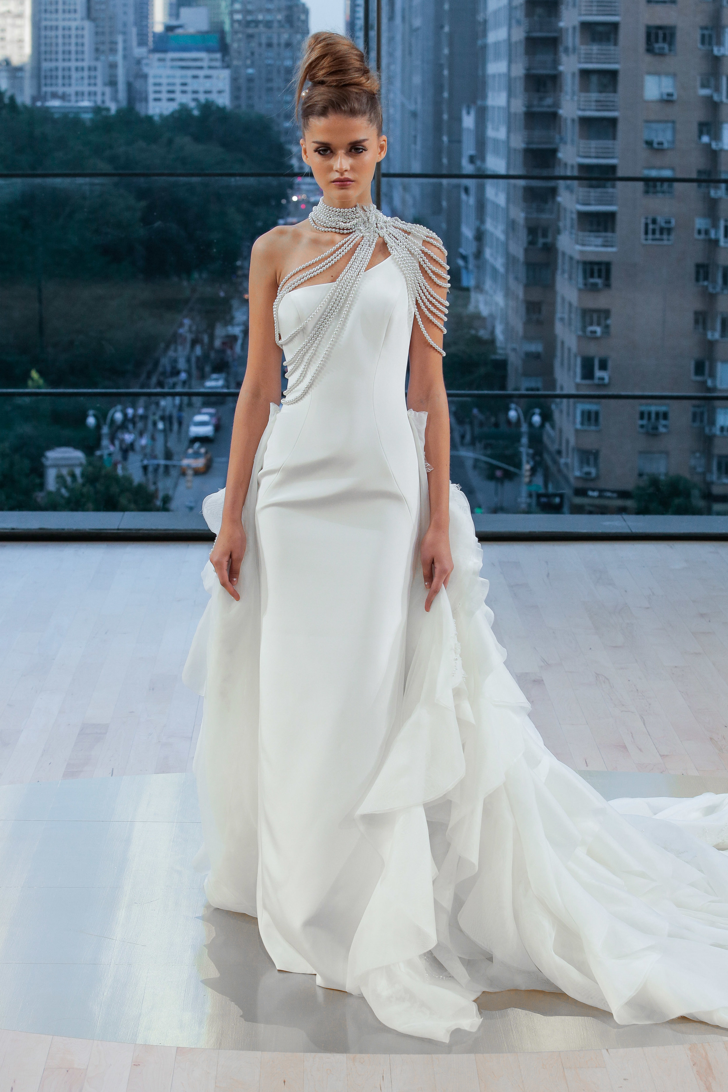 Bridal Fall 2018 Couture   LIBERTY    INQUIRE