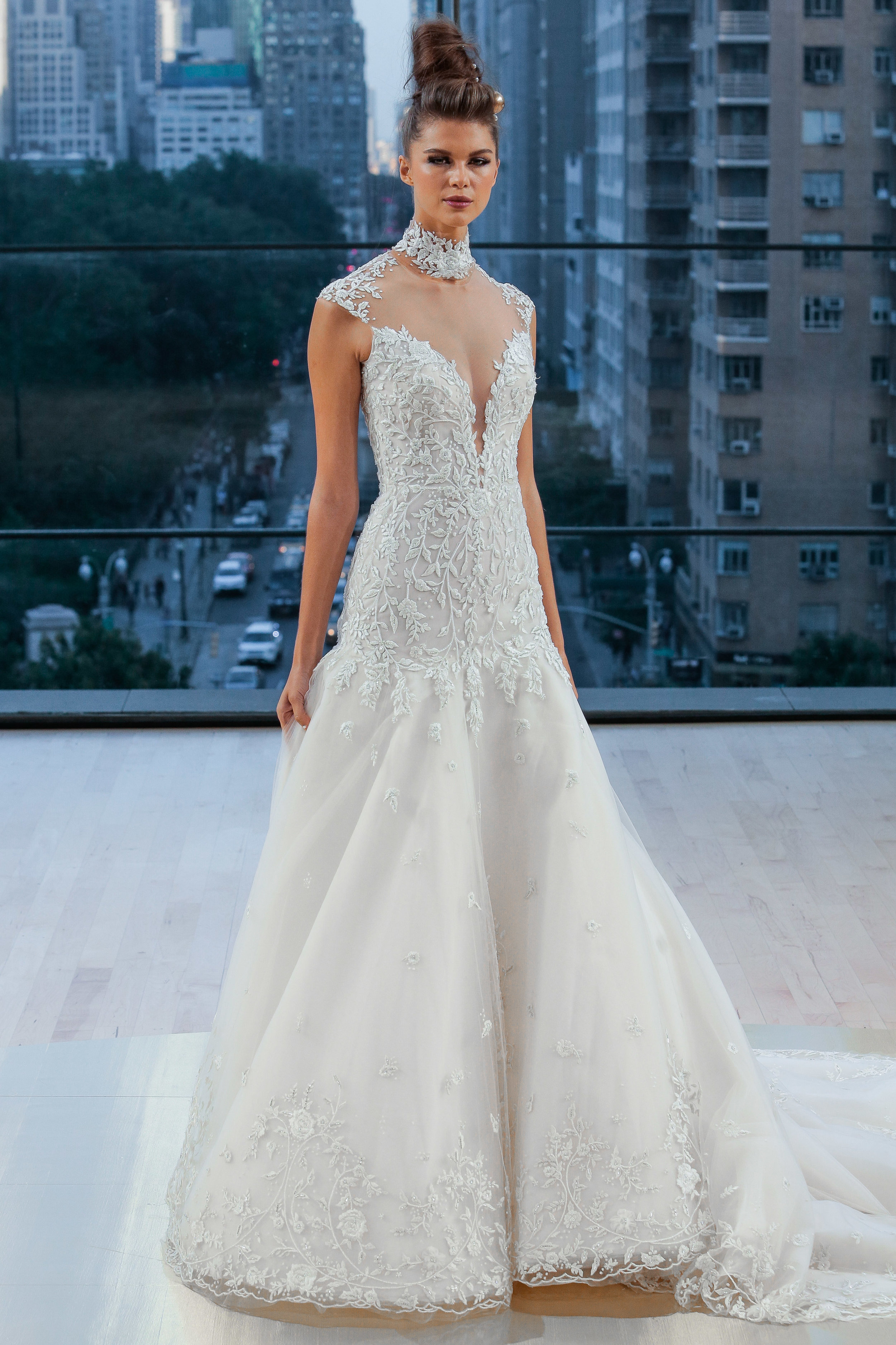 Bridal Fall 2018 Couture    BROOKLYN    INQUIRE