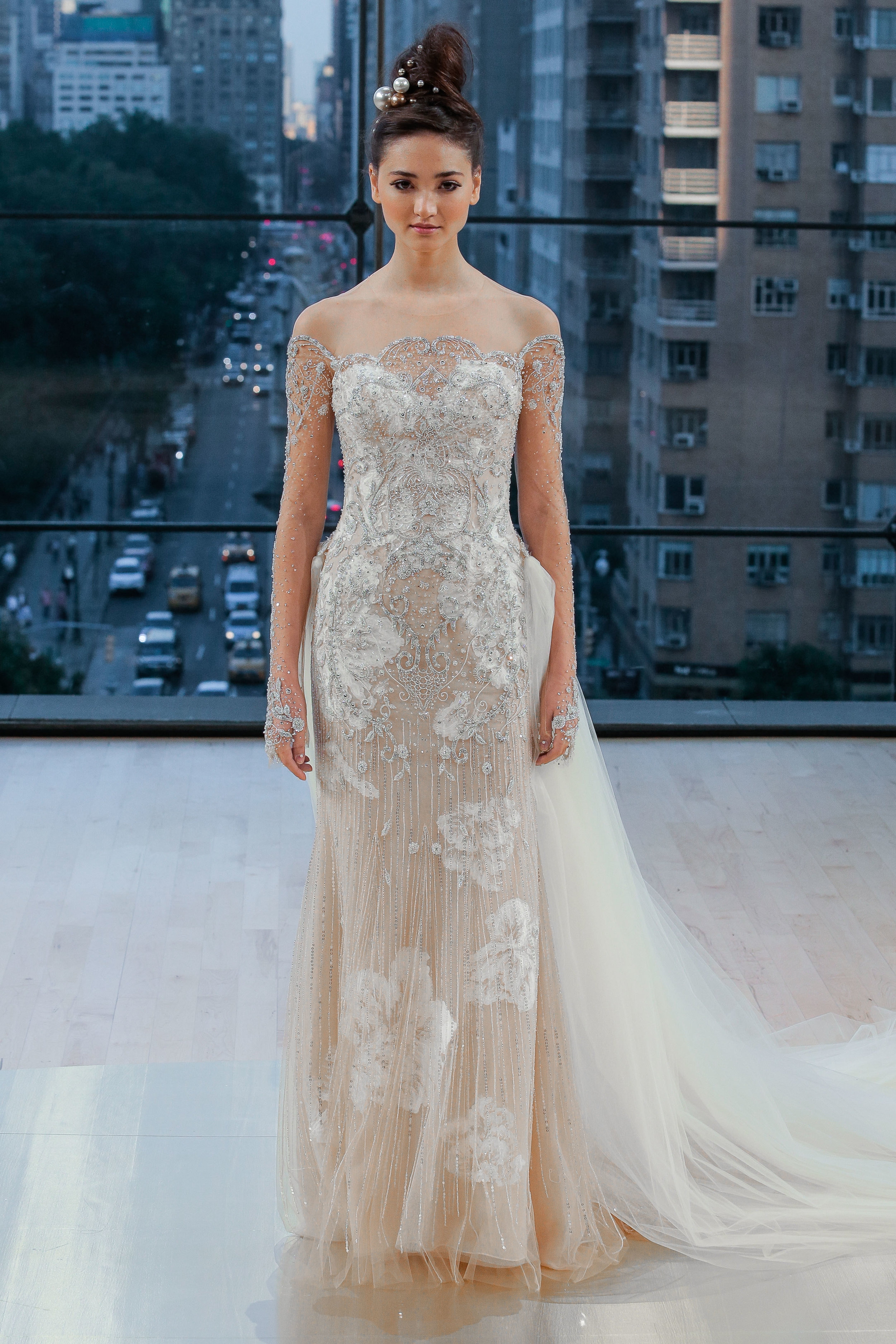 Bridal Fall 2018 Couture   SPRING    INQUIRE
