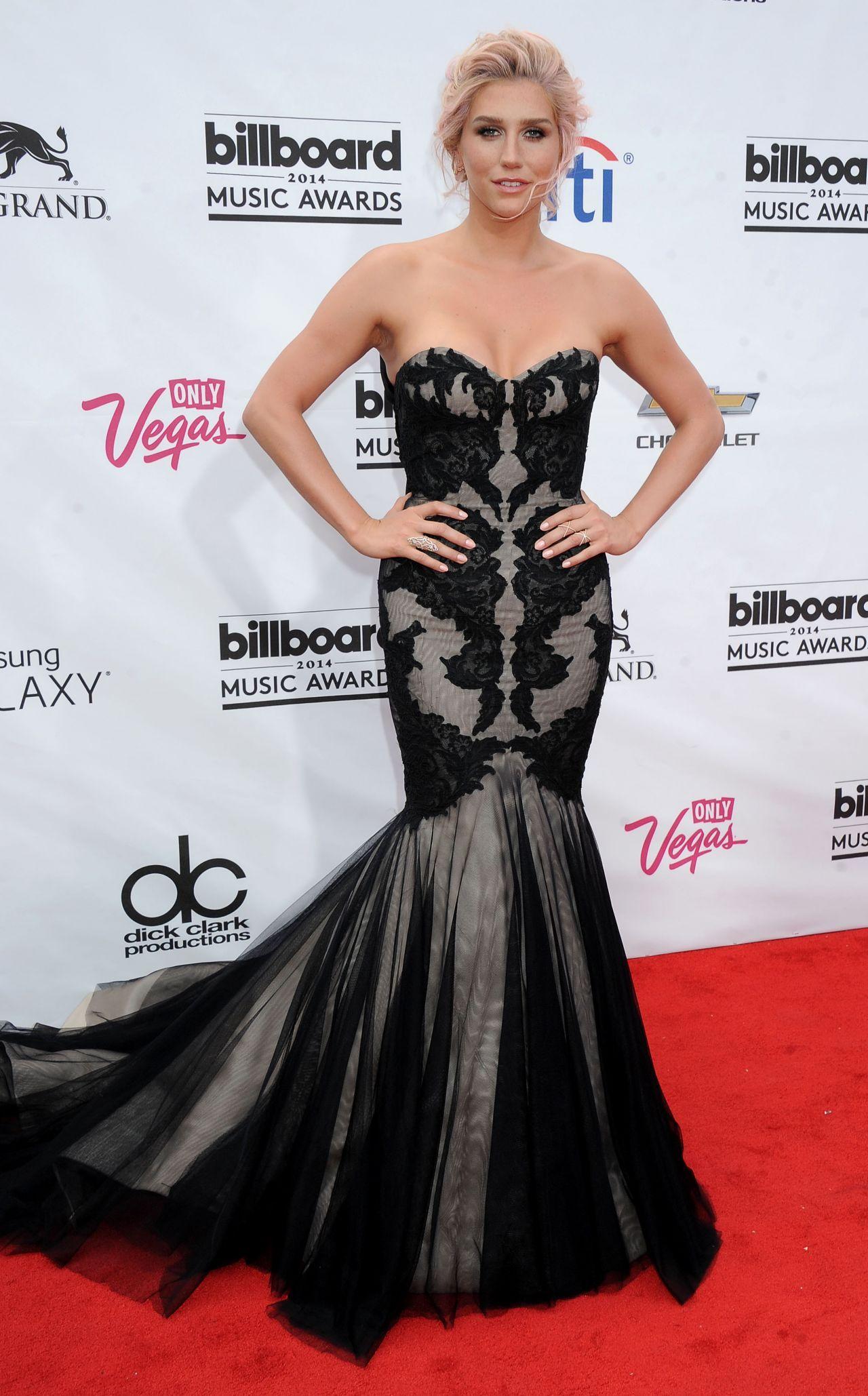 KESHA  Billboard Music Awards
