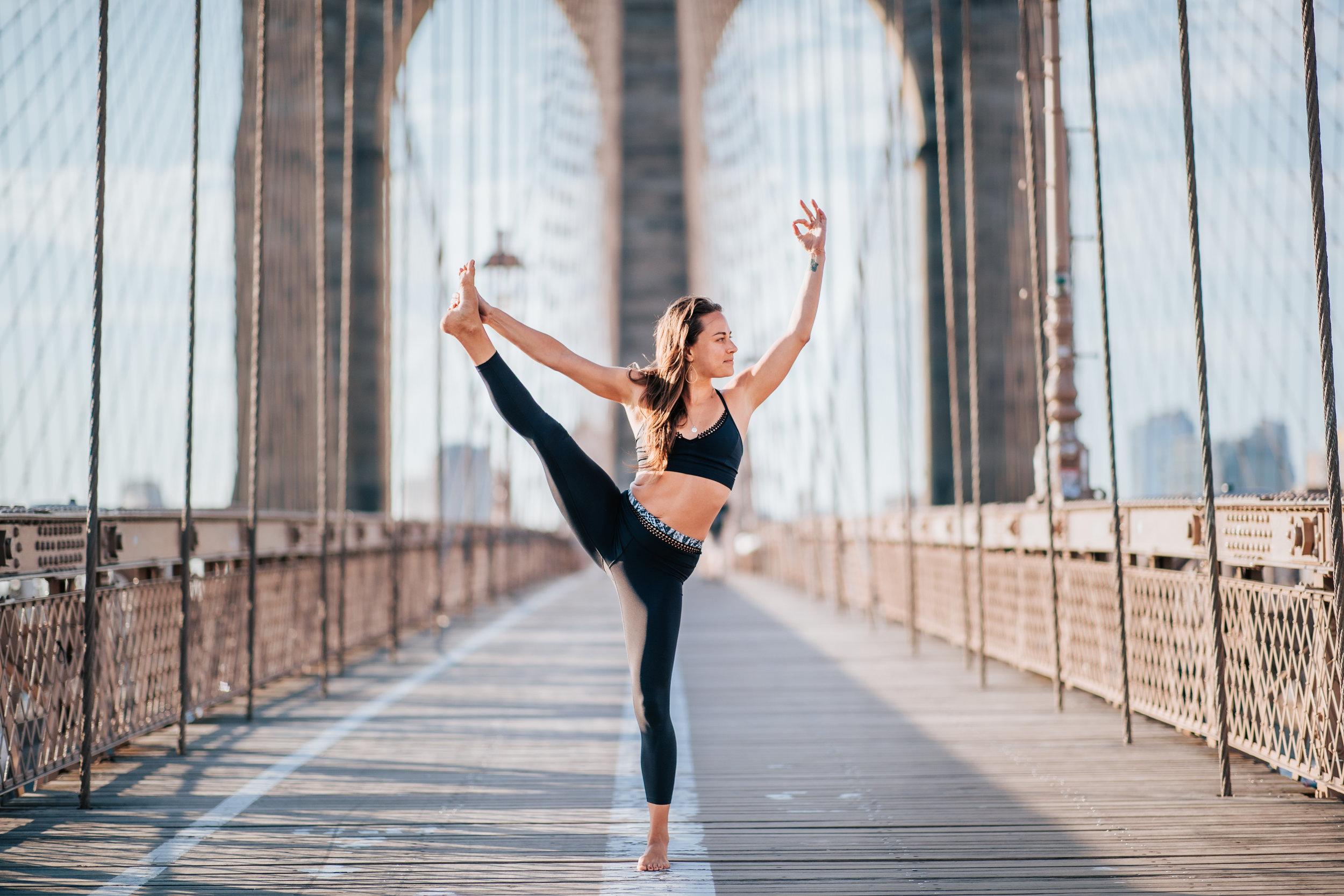 Elaine_Moen_Yoga (24 of 26).jpg