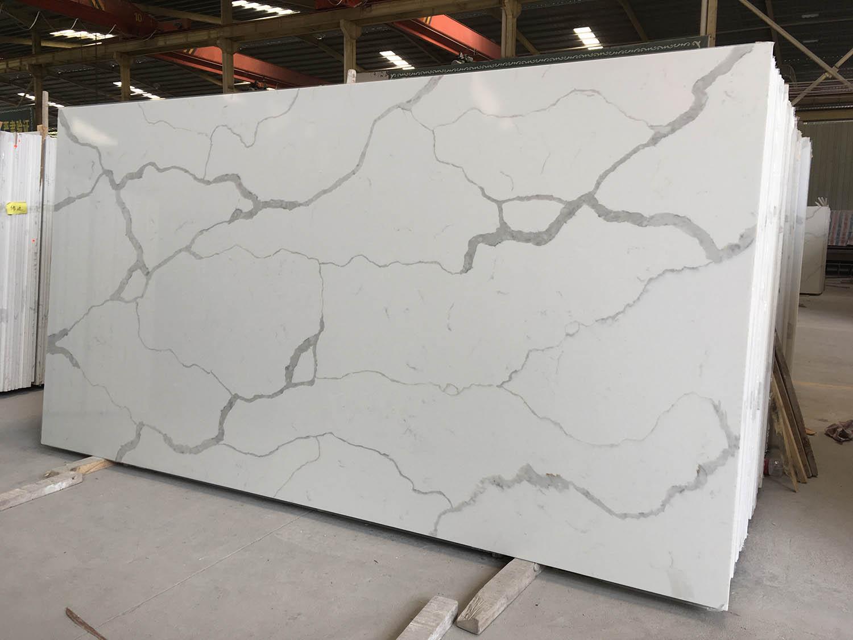 Calacatta-White-Quartz-Slabs.jpg
