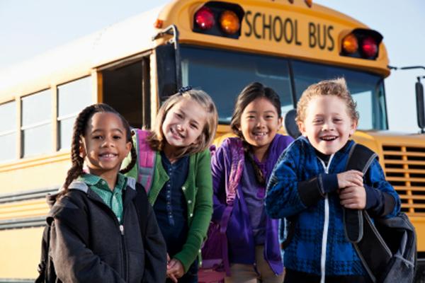 20130617174813_kids_next_to_bus.jpg