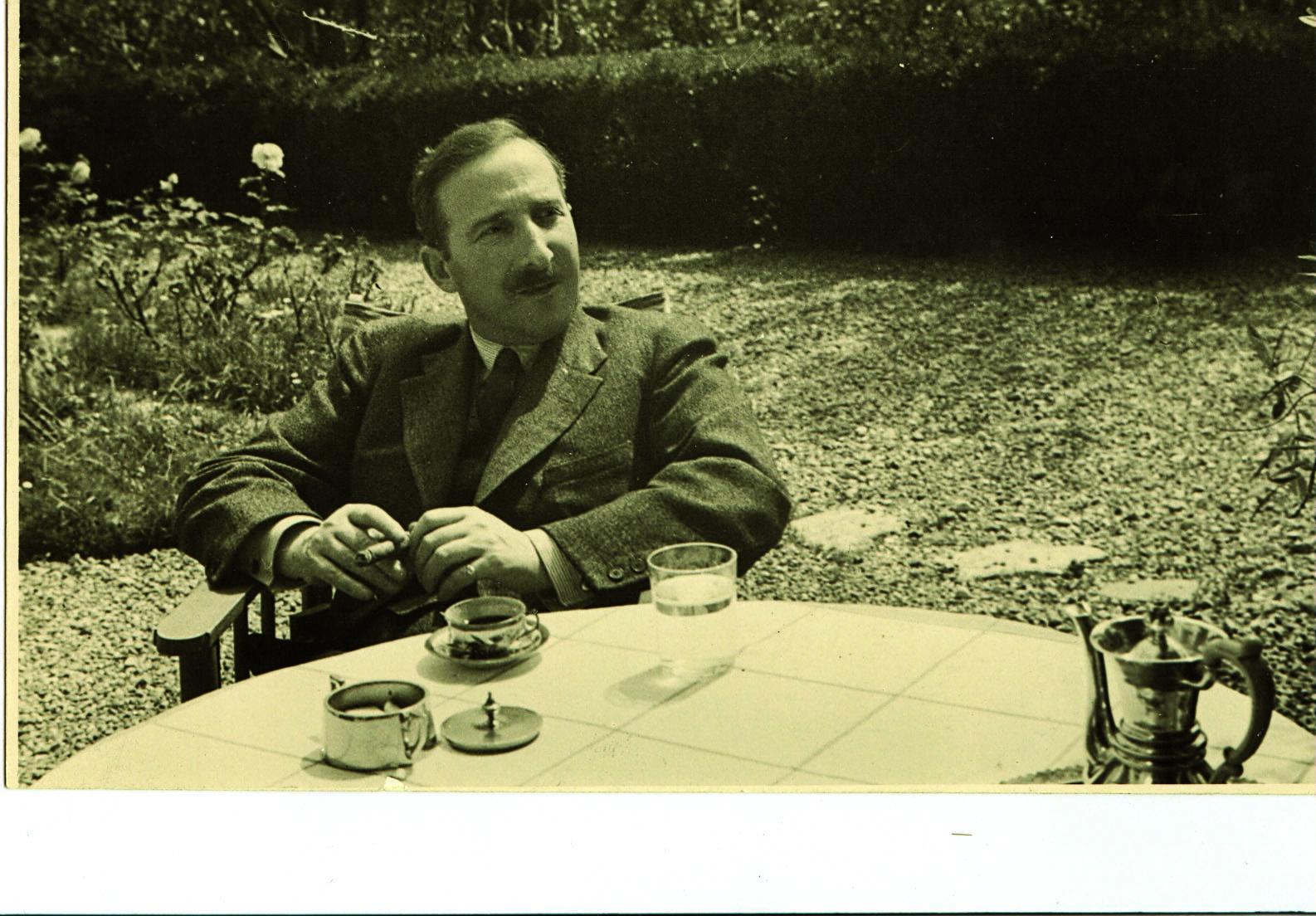 Zweig at garden table.jpg