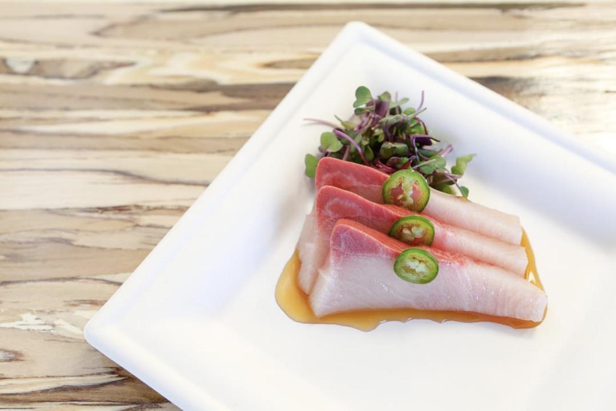 Yellowtail-Sashimi-Plate.jpg