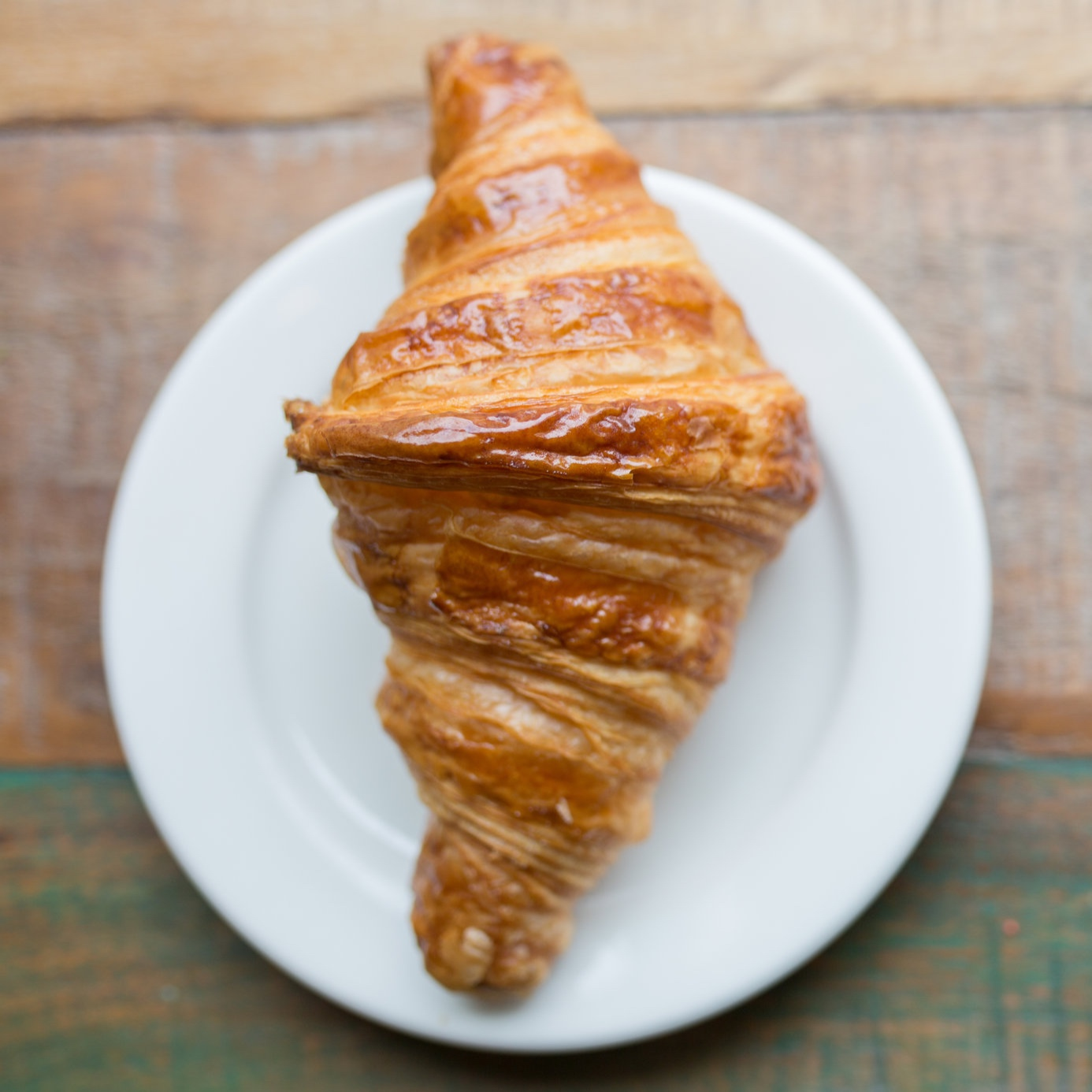 Traditional Food - Cheese, wine, baguette, butter, croissant, macaron, and cheese! Dare we say France is know for their food? From a quick crepe to a twenty course meal at a Michelin starred restaurant France offers a massive variety of dining options.