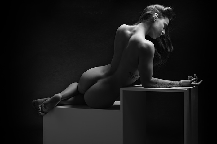 Artistic-Nude-back-Denver-boudoir-photographer-sexy-photos.jpg