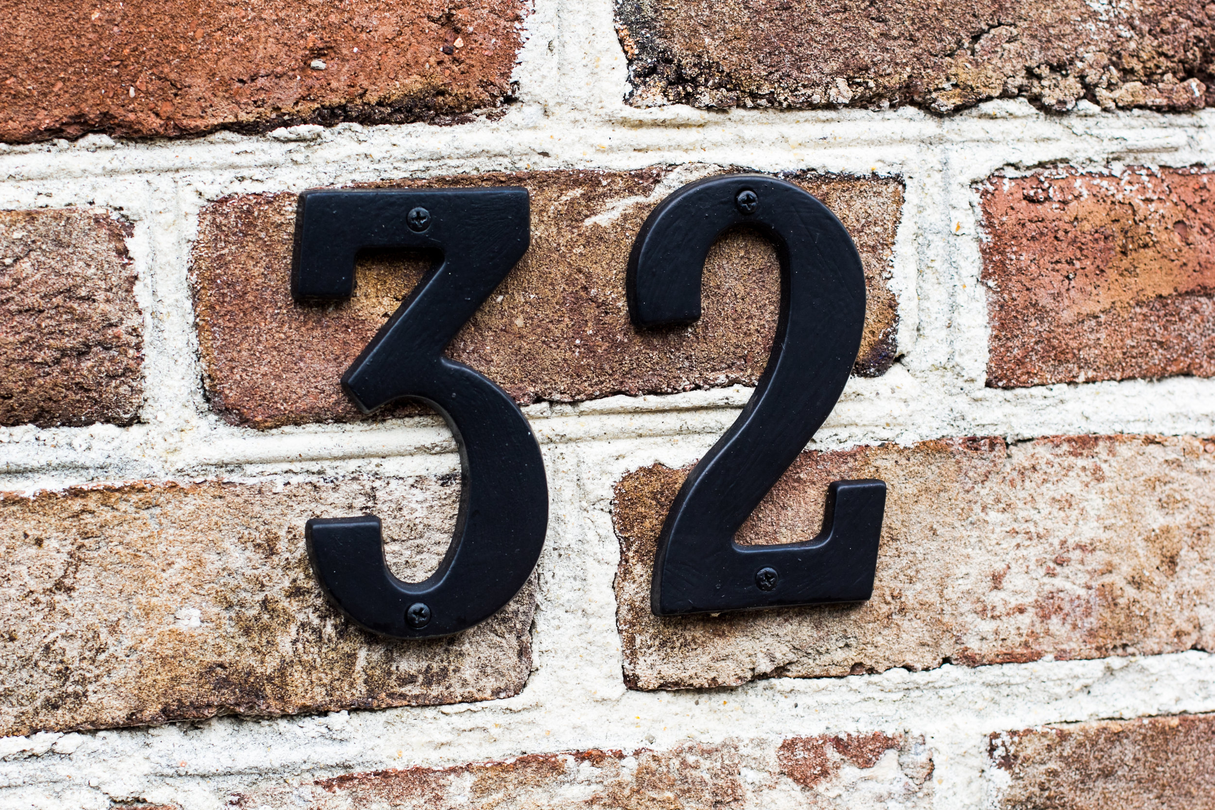 Number 32 on a house