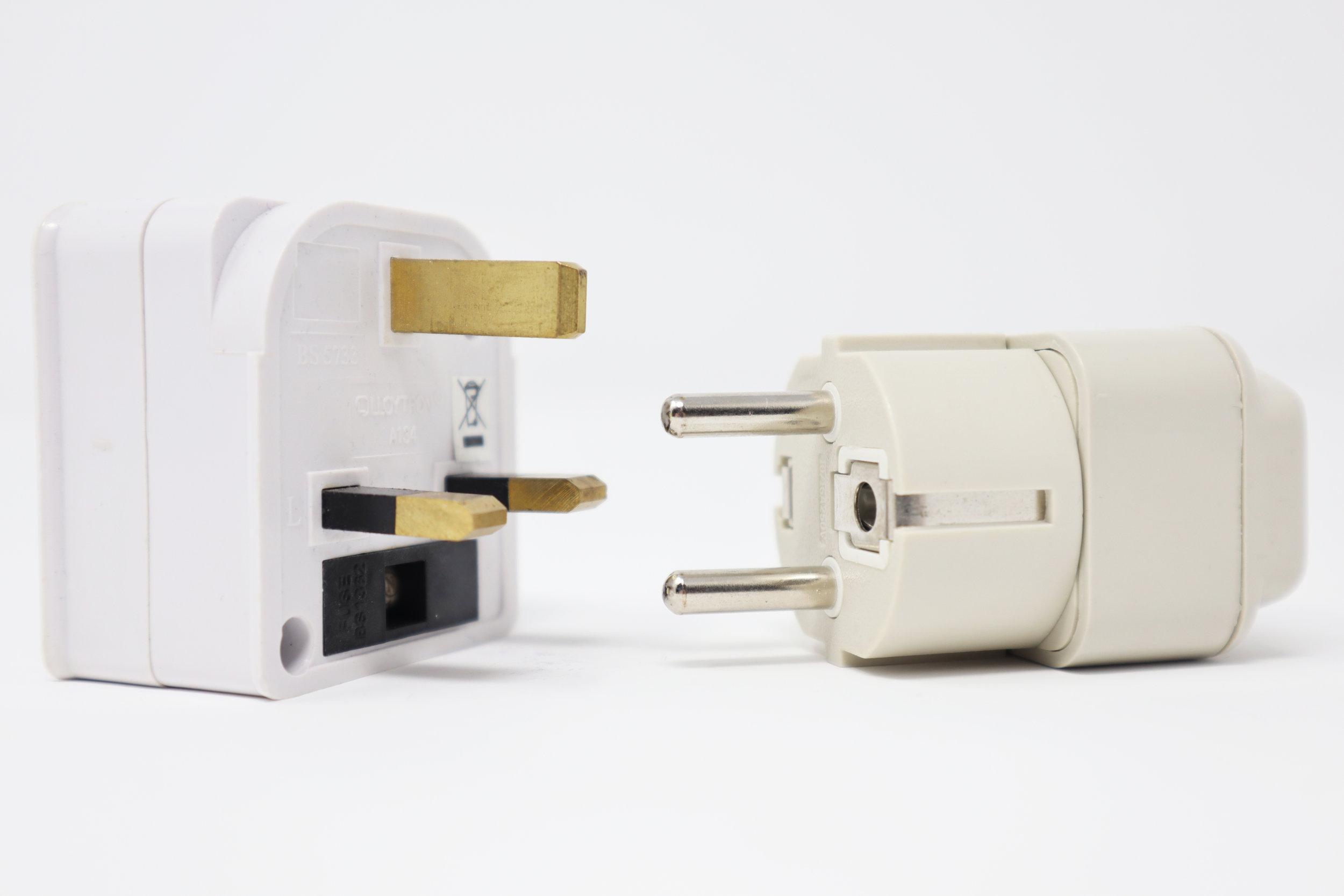 UK 3 pin socket