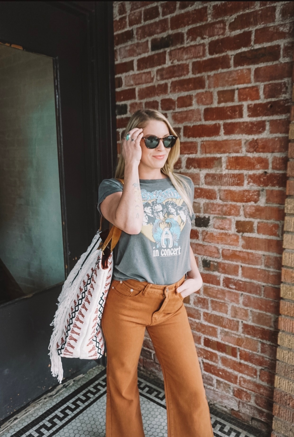 Roseville California size-inclusive womens clothing boutique offering retro and grunge vintage boho fashion