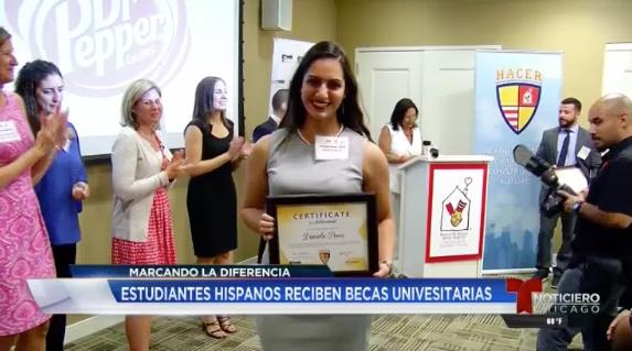 Estudiantes hispanos reciben becas universitarias - HACER marca la diferencia para ayudar a que jóvenes hispanos alcancen su sueño profesional.(Publicado martes 25 de julio de 2017)