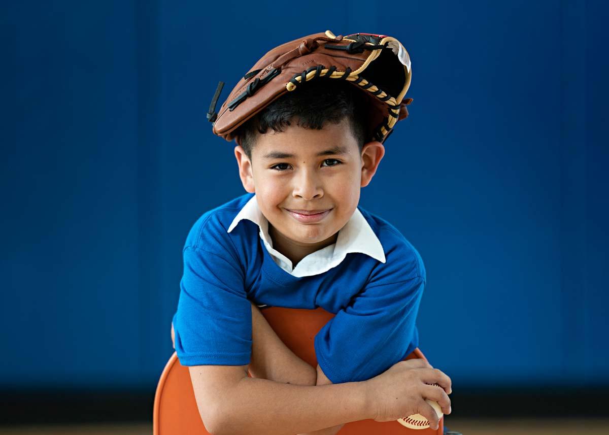 kid-with-mitt-on-head_DSC5896-1.jpg