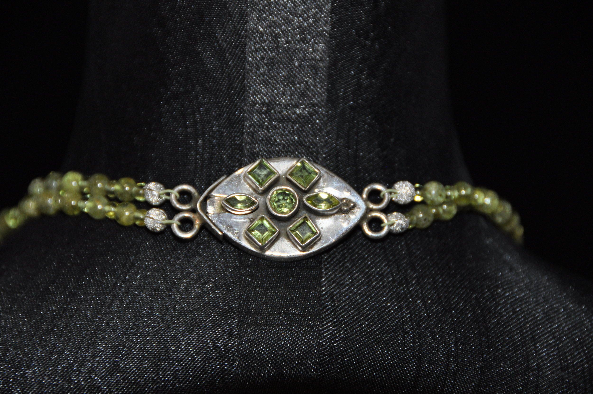 18%22 Peridot 2 Strand Necklace with Peridot & Silver Clasp 7.JPG