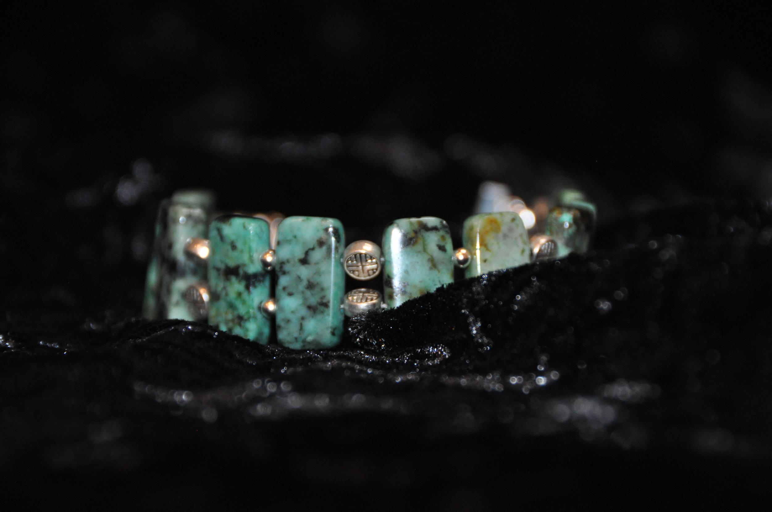8%22 African Turquoise Bracelet 6.JPG