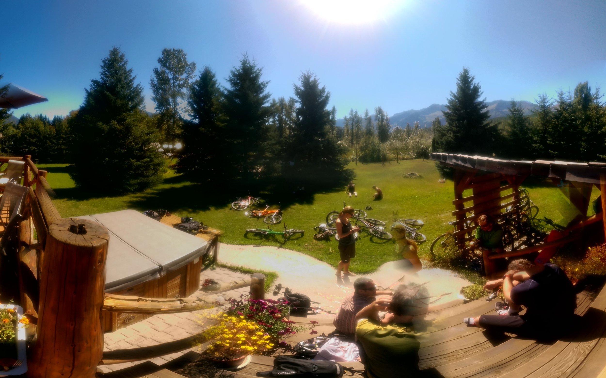 3 - Fernie Lodge, backyard.jpg