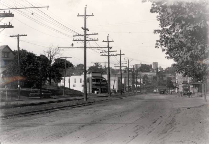 KENMORE-BLVD-LOOKING-EAST-FROM-NEAR-FLORIDA-AVE.-ca-1920.jpg