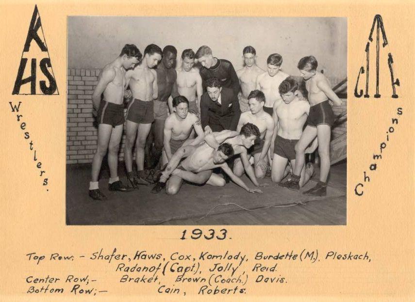 SPORTS - 1933 KHS WRESTLING CHAMPS.jpg