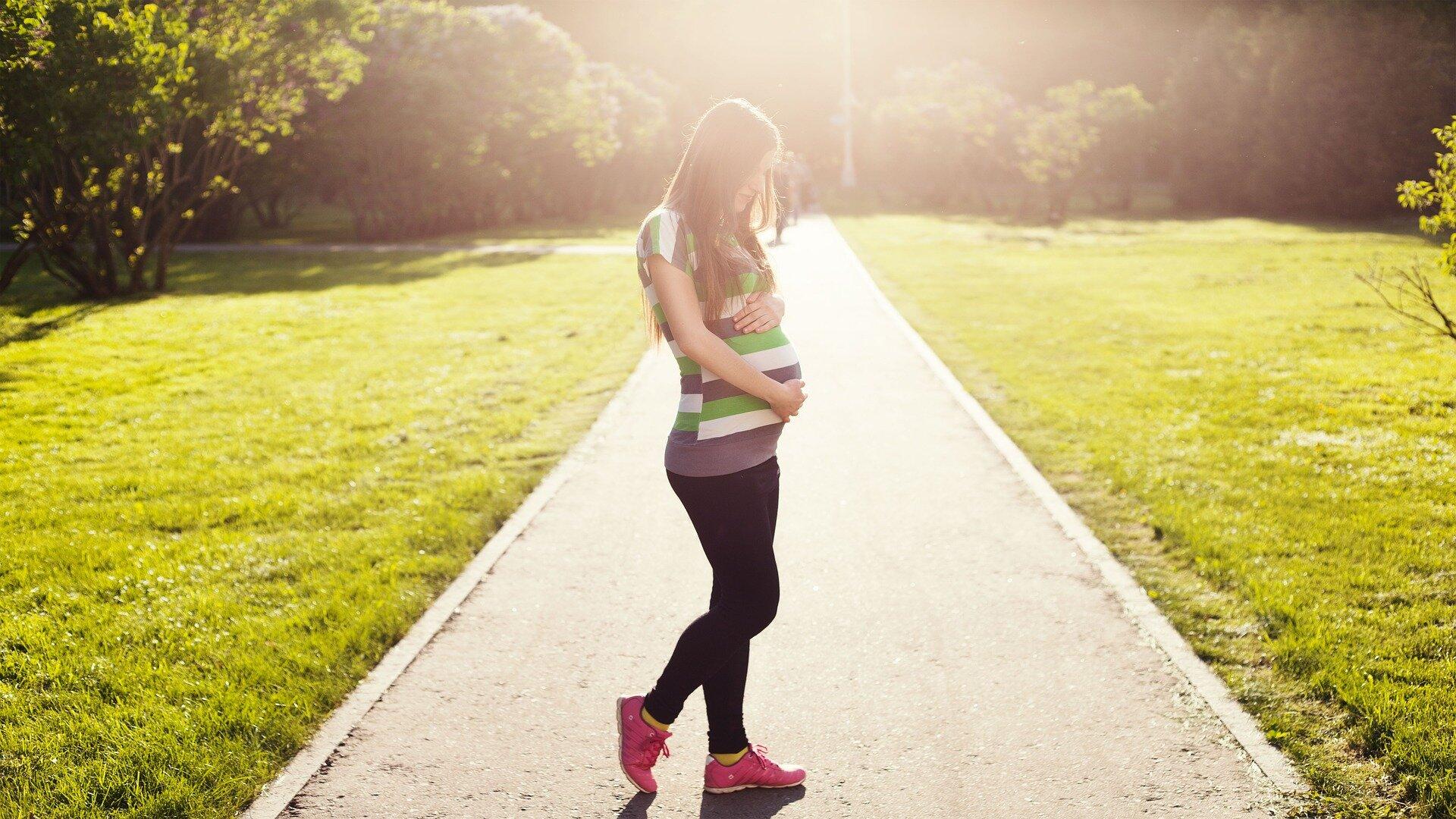 Pregnant_Exercise_WHEN.jpg