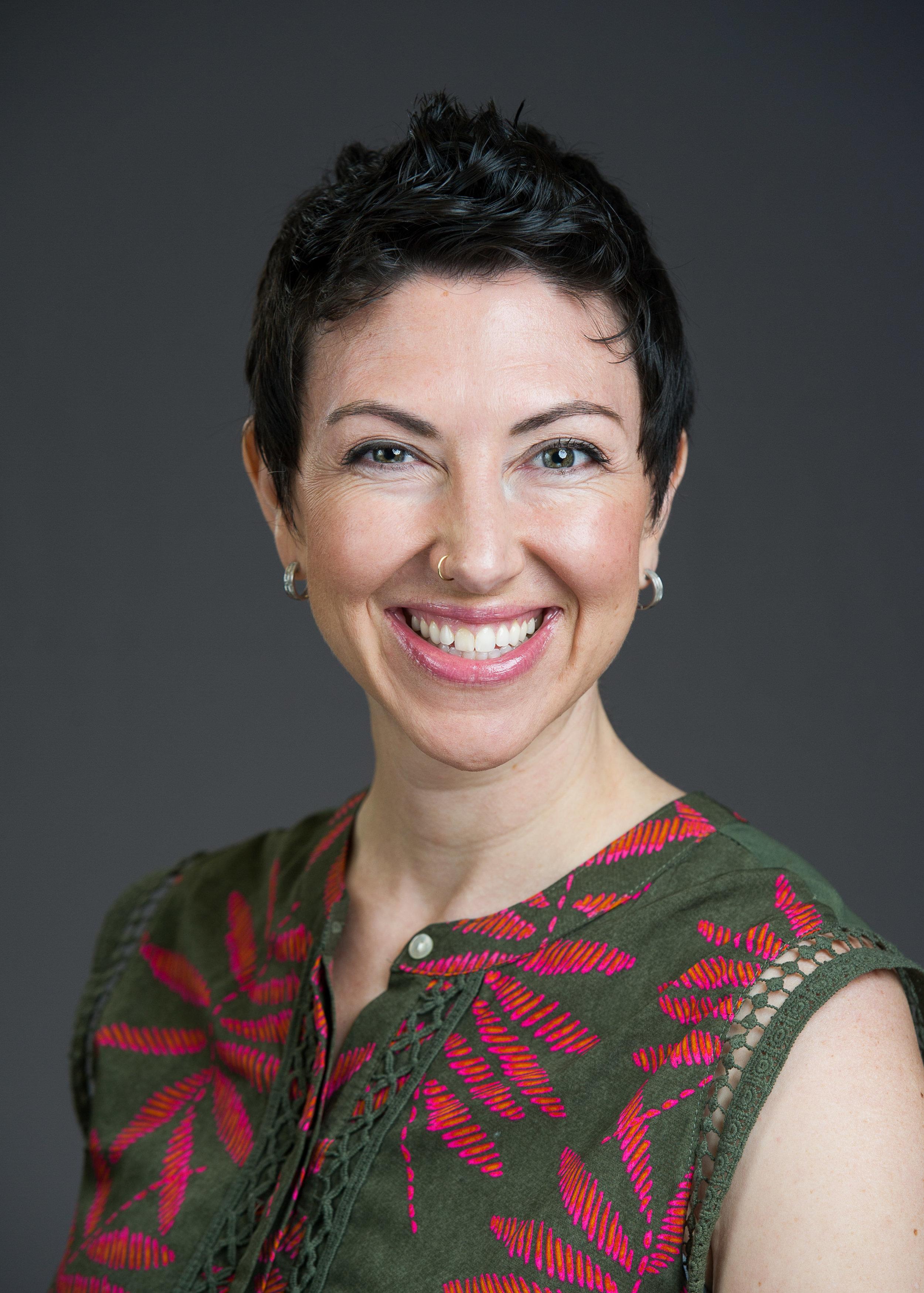 Rabbi Lizzi Heydemann headshot.jpg