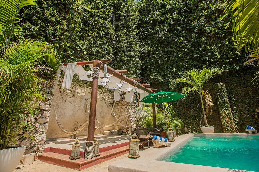 inexpensive Merida hotel with a pool piedra de agua
