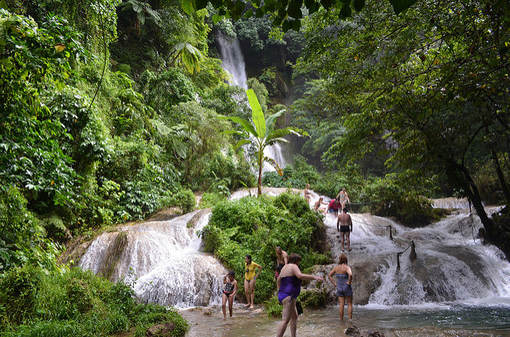 this is a waterfall in the vanuatu island country