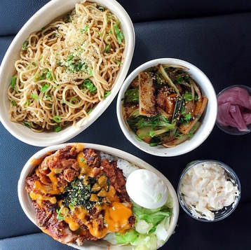 Mac Sally & Garlic Noodles by @feedher via Instagram