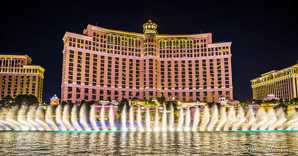fountain show at the bellagio hotel