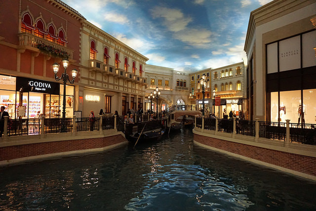 Canals, The Venetian Las Vegas by Andrew Milligan Sumo via flickr