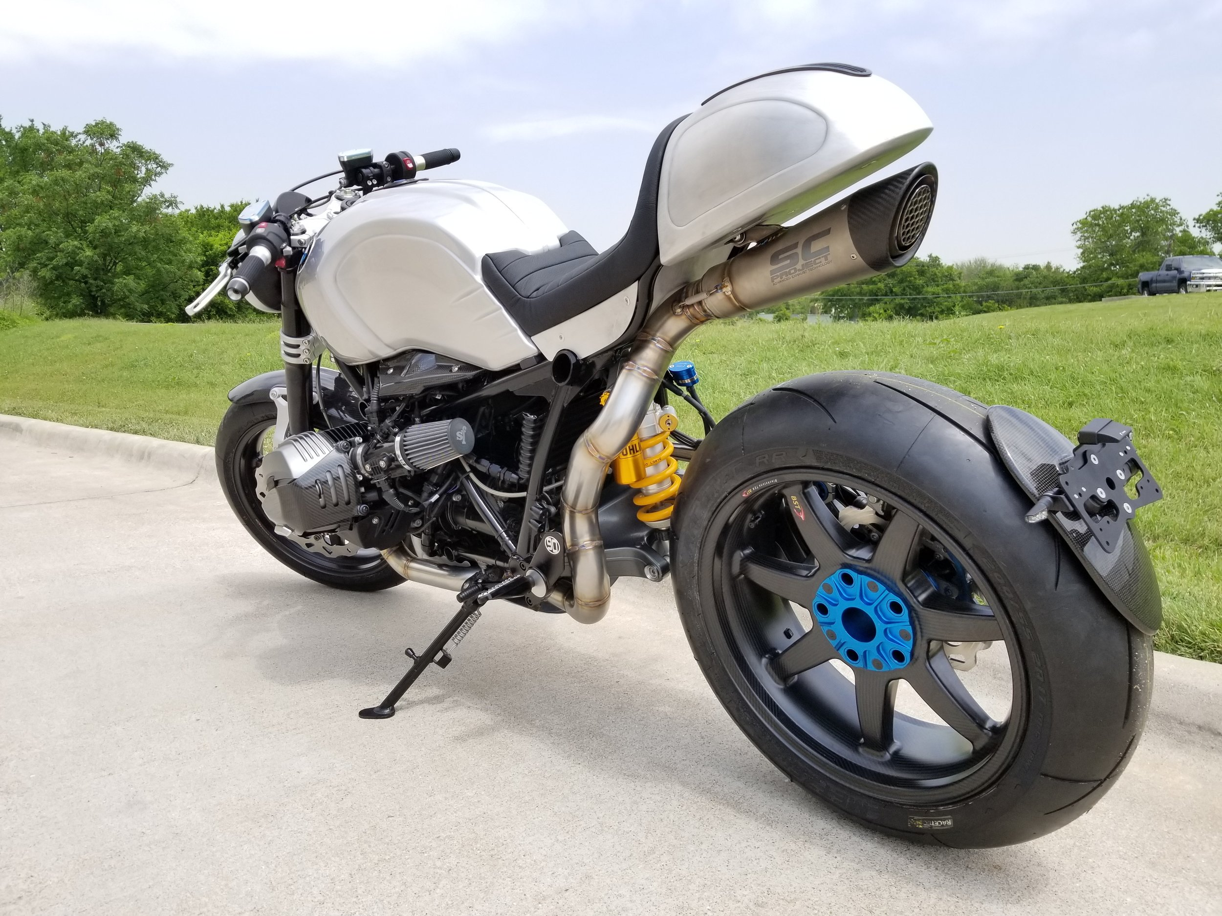 BMW R9T Tail and Lower Body